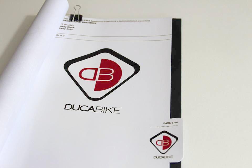 studio di logo e marchio - realizzazione vettoriale